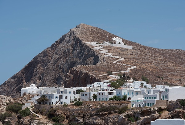 romantic-destination-wedding-folegandros_03