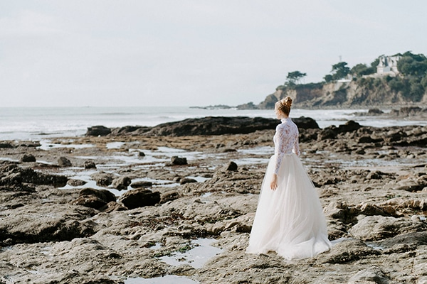 romantic-winter-elopement-ocean_15