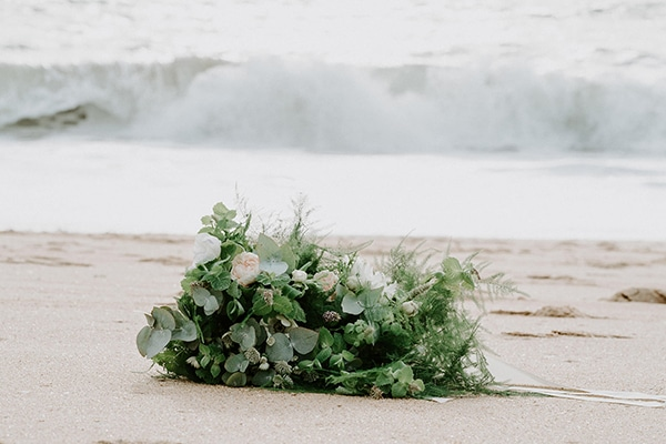 romantic-winter-elopement-ocean_18x