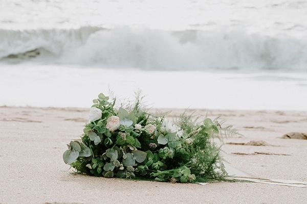 romantic-winter-elopement-ocean_18x