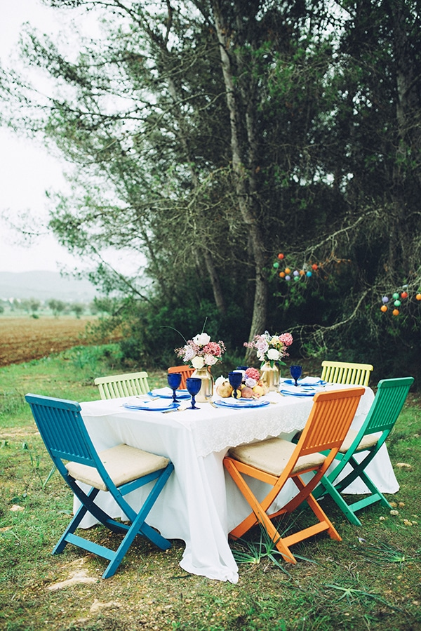 beautiful-colorful-bohemian-styled-shoot_11