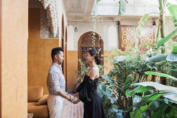 charming-engagement-session-morocco_01