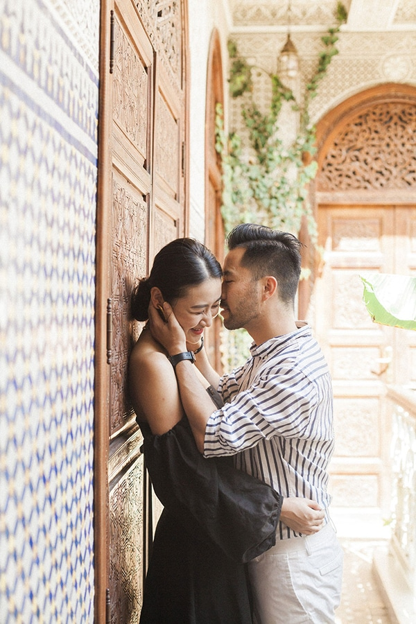 charming-engagement-session-morocco_08