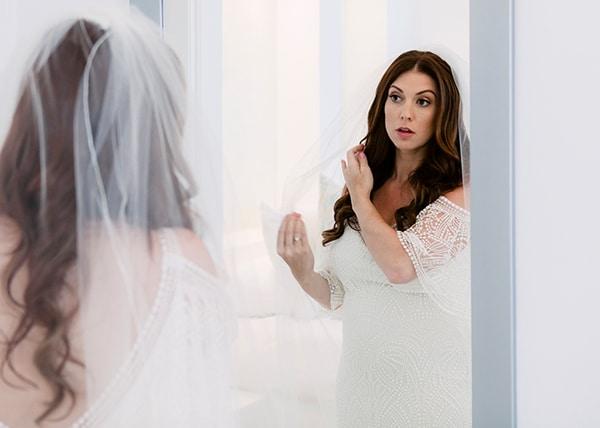 gorgeous-santorini-elopement_06