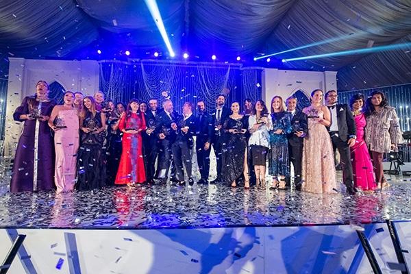 love4weddings-wins-best-wedding-blog-awards_01