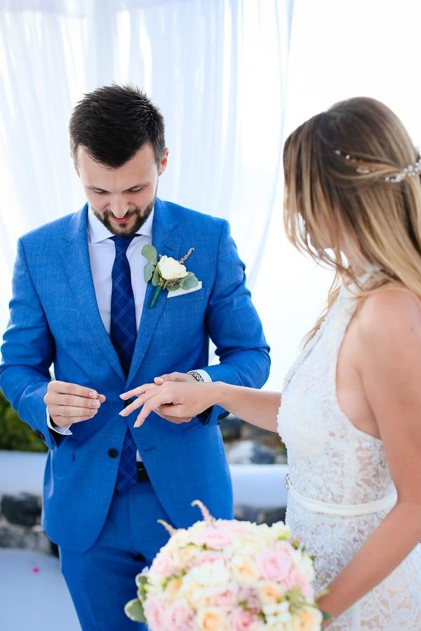 romantic-summer-wedding-santorini_17