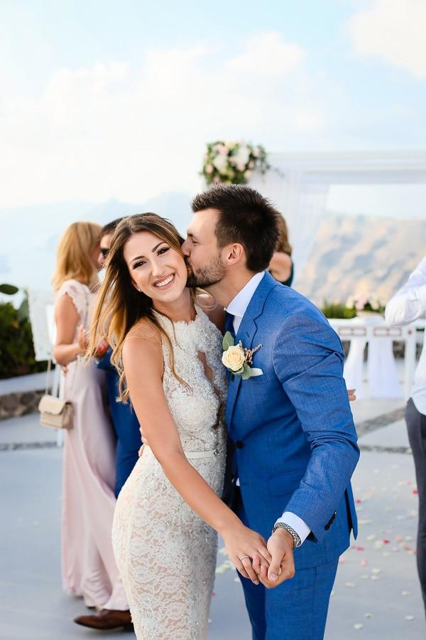 romantic-summer-wedding-santorini_21