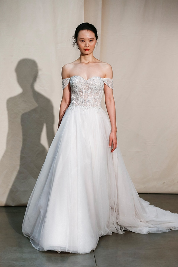stunning-justin-alexander-signature-collection-spring-summer-2020_02