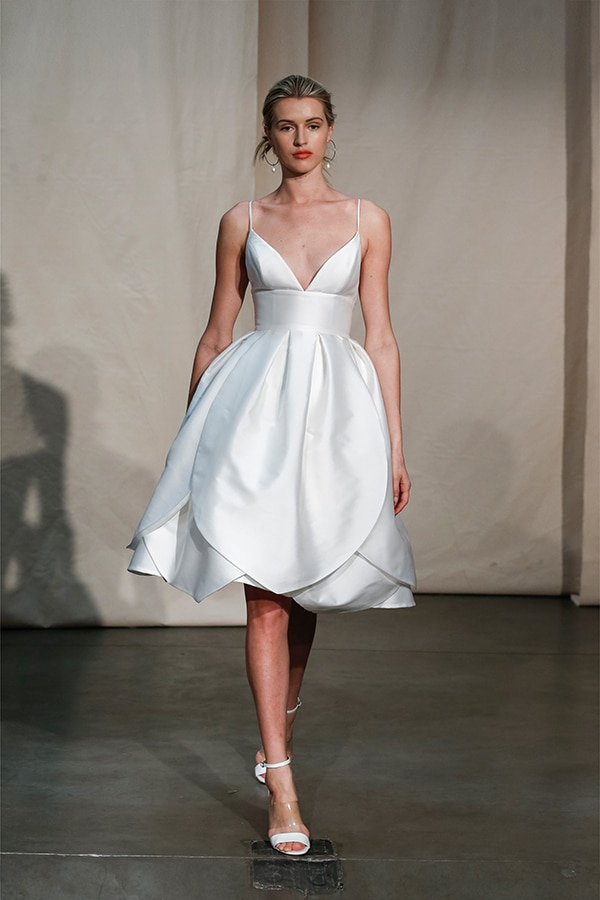 stunning-justin-alexander-signature-collection-spring-summer-2020_02x