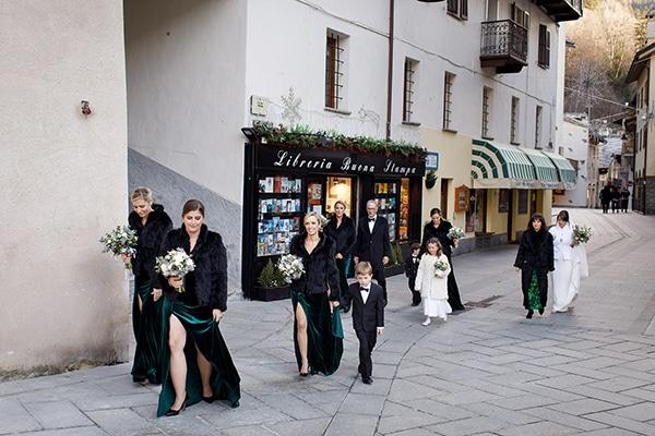winter-romantic-wedding-italy_09