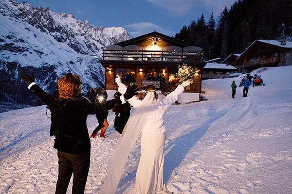 winter-romantic-wedding-italy_20