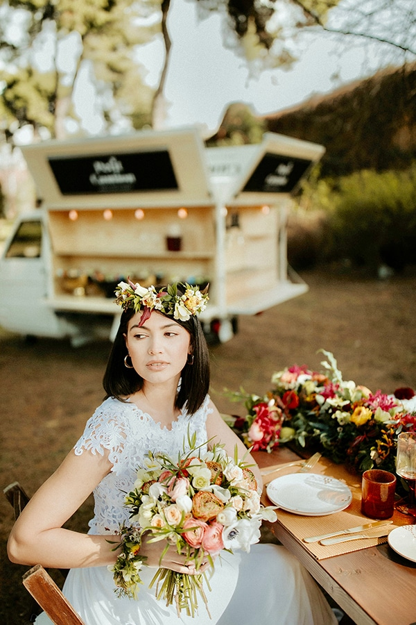 beautiful-boho-chic-styled-shoot-vivid-colors_05