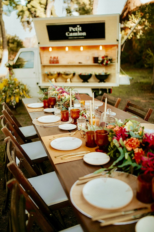 beautiful-boho-chic-styled-shoot-vivid-colors_06