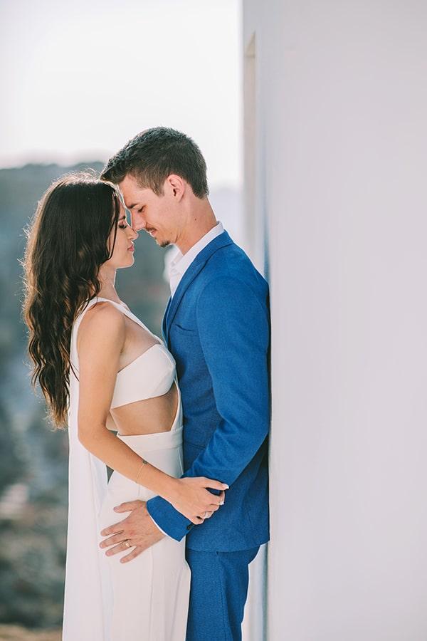 chic-intimate-wedding-santorini_04
