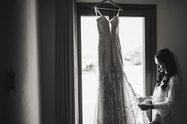 chic-intimate-wedding-santorini_10