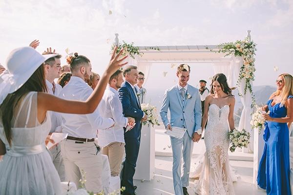 chic-intimate-wedding-santorini_26