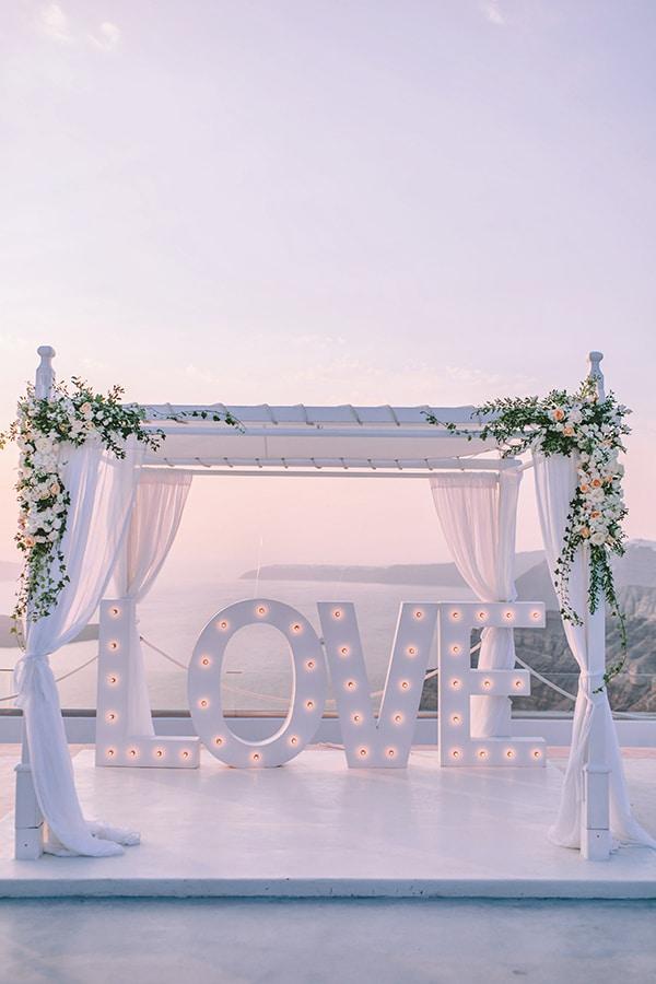 chic-intimate-wedding-santorini_31