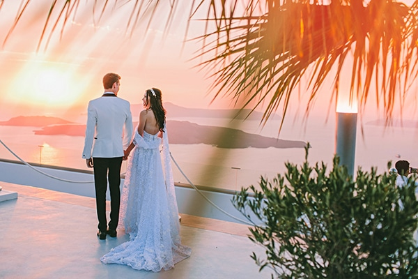 chic-intimate-wedding-santorini_33