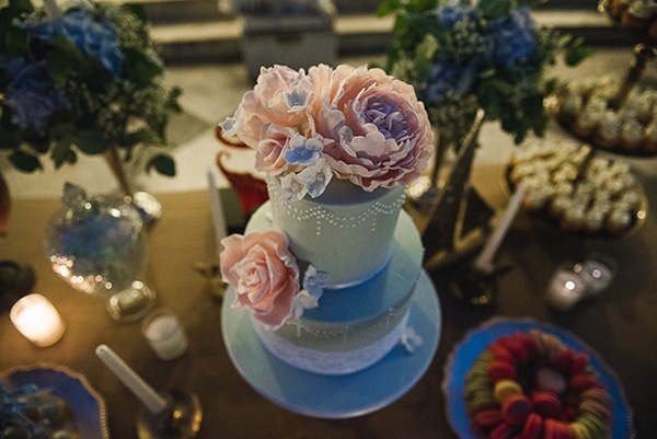 fabulous-floral-wedding-cakes_03