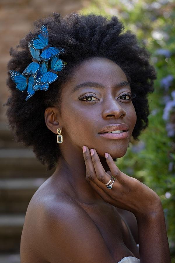 fairytale-styled-shoot-white-blue-hues_10