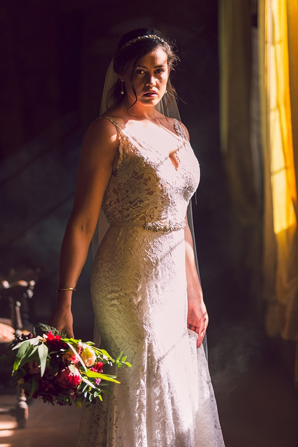 gorgeous-wedding-burgundy-hues-italy_07