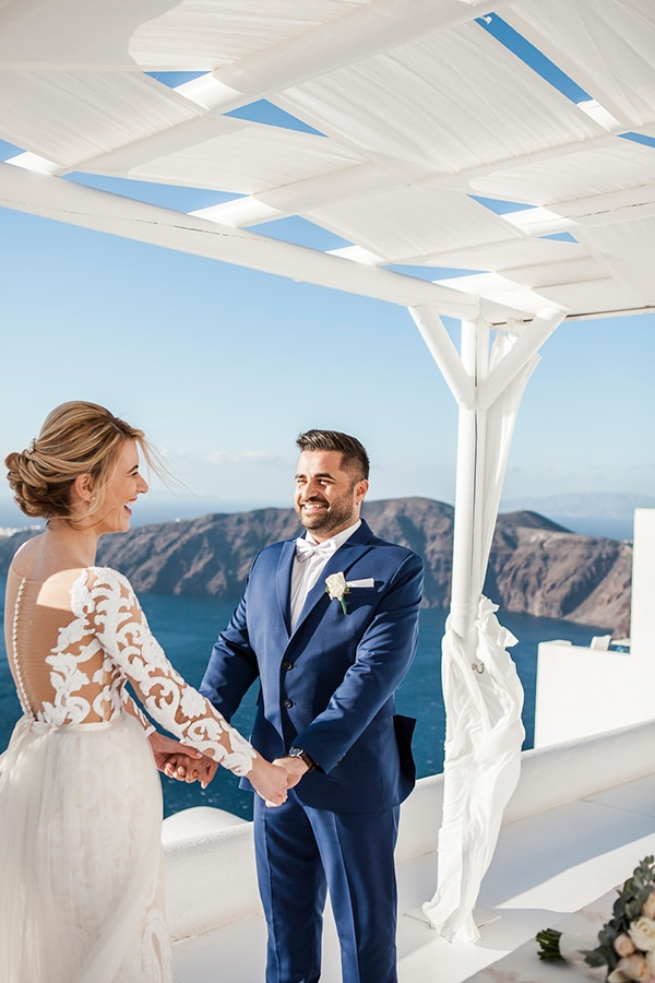 lovely-romantic-wedding-santorini_15