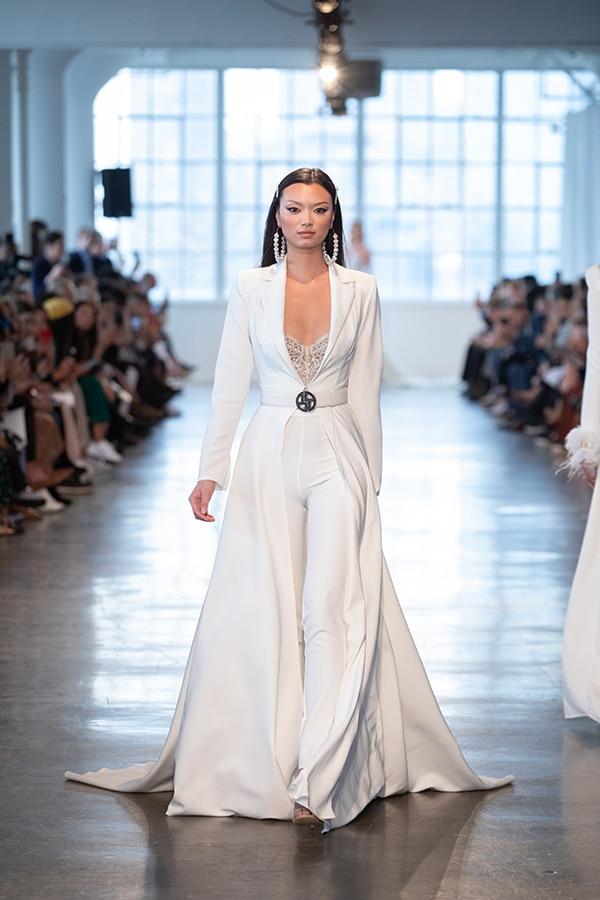 luxurious-berta-bridal-wedding-dresses-berta-runway-show-2020_10