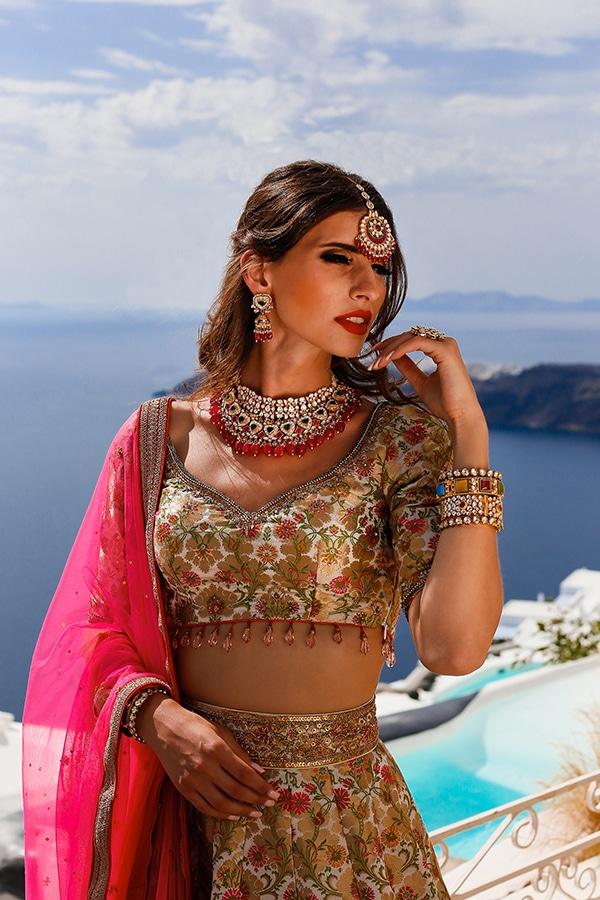 romantic-Indian-styled-shoot-santorini_16x