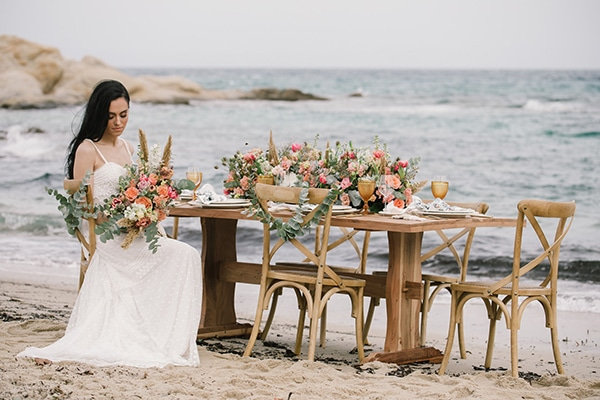 romantic-beach-styled-shoot_00
