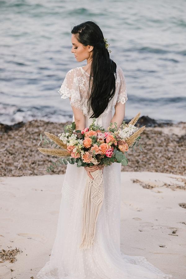 romantic-beach-styled-shoot_13