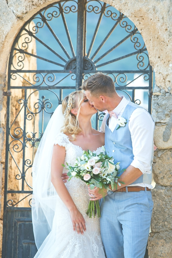romantic-summer-wedding-kefalonia_27