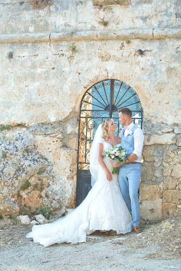 romantic-summer-wedding-kefalonia_28