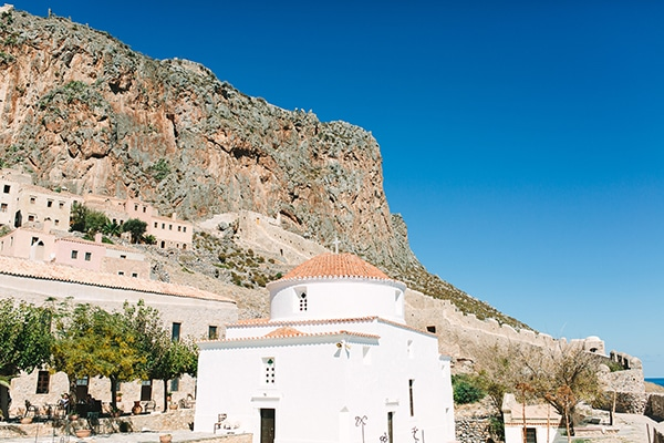 romantic-summer-wedding-monemvasia_03x