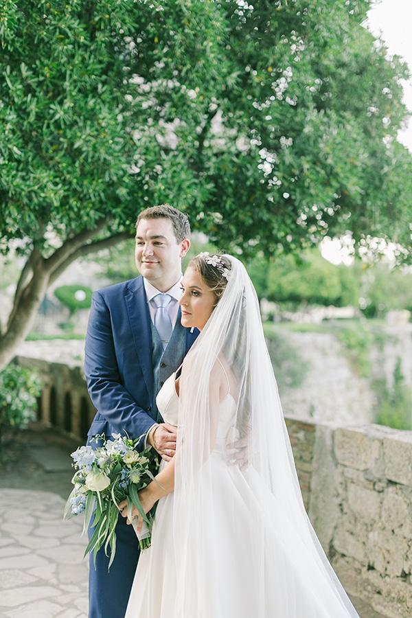 romantic-wedding-corfu-green-white-hues_03