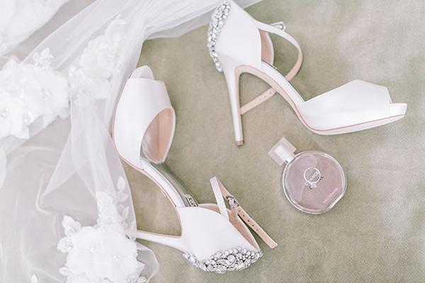romantic-wedding-corfu-green-white-hues_05