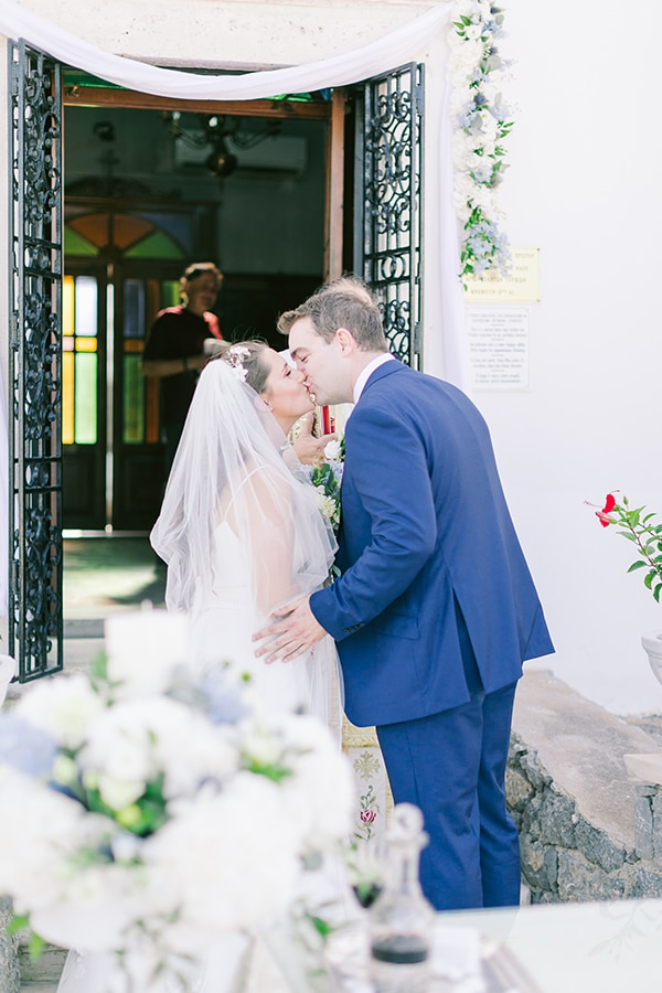 romantic-wedding-corfu-green-white-hues_18