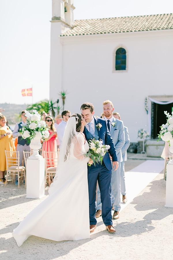 romantic-wedding-corfu-green-white-hues_19
