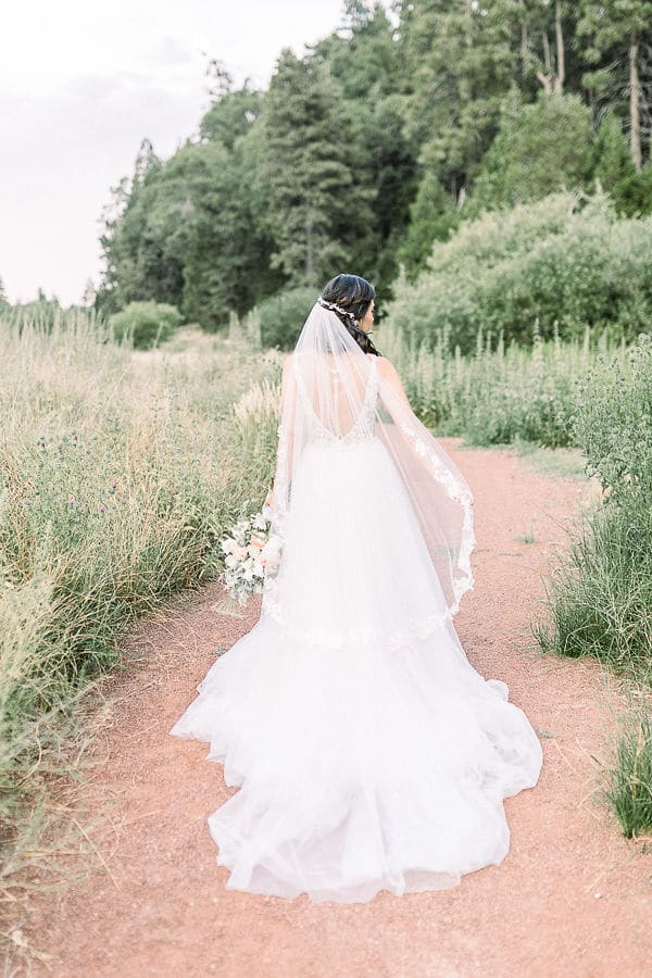beautiful-elopement-styled-shoot-nature_29
