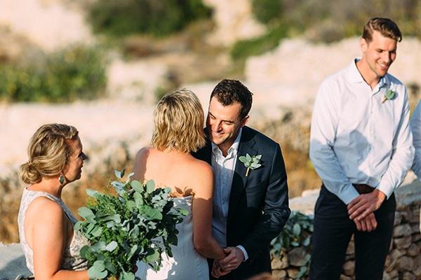 beautiful-rustic-wedding-folegandros_24