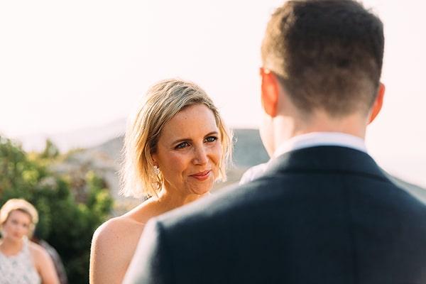 beautiful-rustic-wedding-folegandros_27