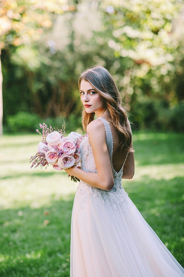 lavish-bridal-shoot-prettiest-flowers_04