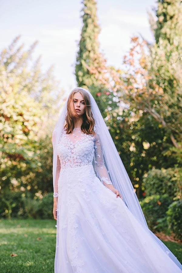 lavish-bridal-shoot-prettiest-flowers_20