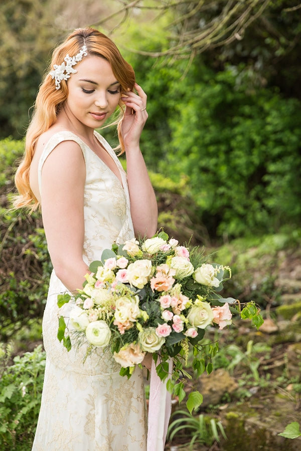 spring-garden-styled-shoot-full-beauty-romance_02x