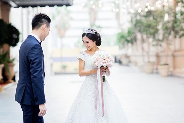 classy-romantic-wedding-soft-hues_01