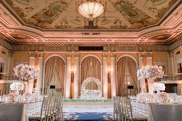 classy-romantic-wedding-soft-hues_30