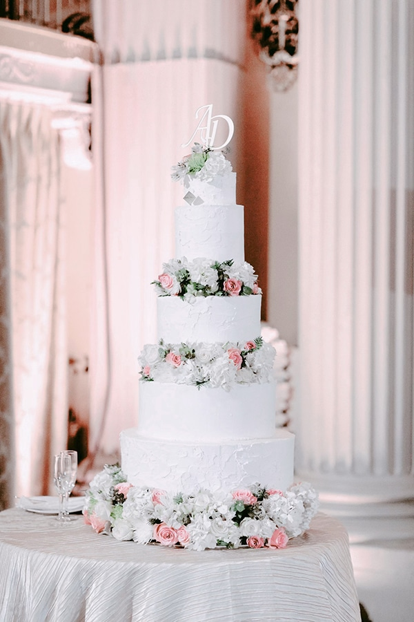 classy-romantic-wedding-soft-hues_34