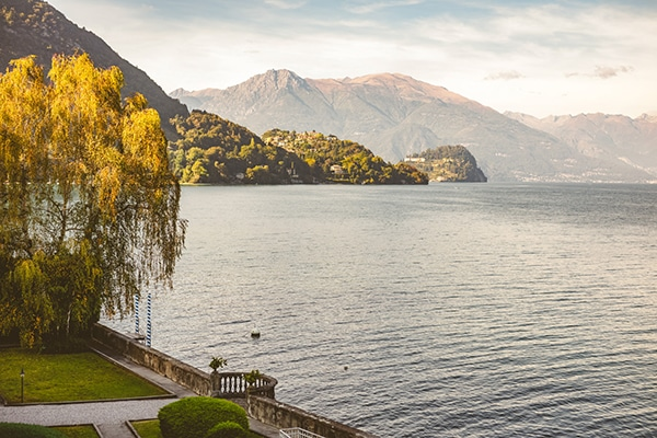 dreamy-styled-shoot-lake-como_14