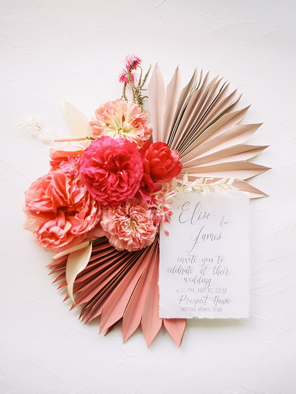 modern-styled-shoot-coral-black-tones_04