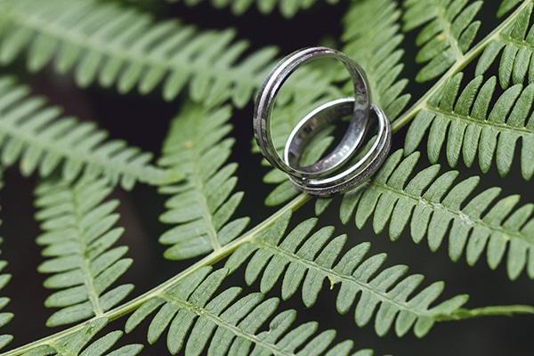 romantic-wedding-white-peonies_08