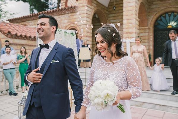 romantic-wedding-white-peonies_25